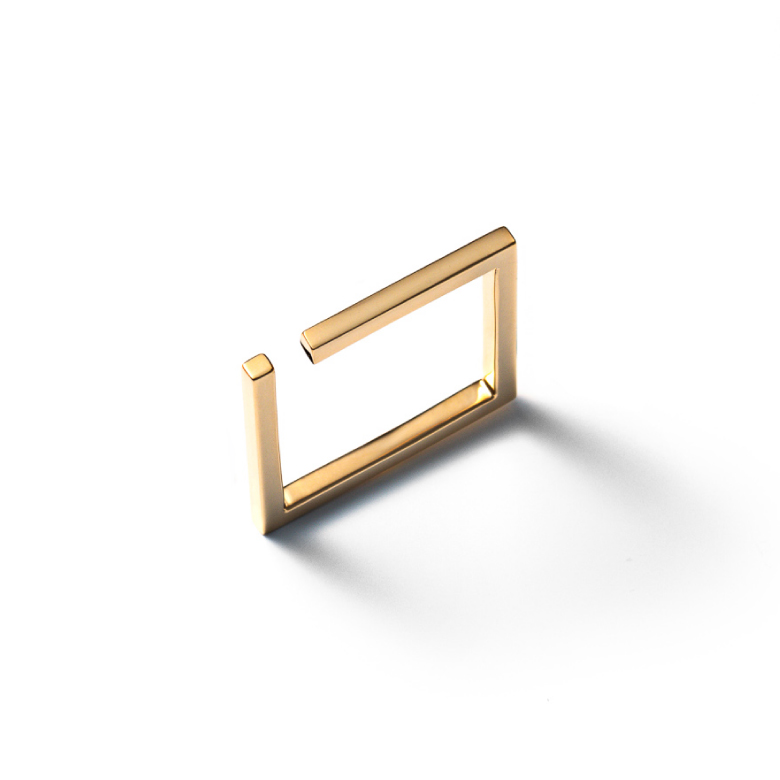 MATERIAL : K18Gold Unsquare Ring