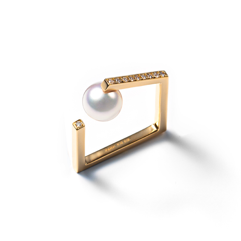 MATERIAL : K18Gold Unsquare Ring / Diamond & Akoya Pearl